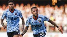 Ida de Daniel Alves para o Flamengo entrou em pauta no São Paulo, afirma jornalista