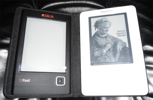 Foxit's eSlick e-reader ships out, gets photographed