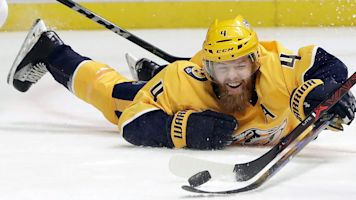 Ellis gets eight-year, $50M deal from Predators