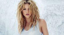 Shakira luce majestuosa en traje de baño a sus 41 años