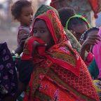 Tigray crisis: Ethiopian soldiers accused of blocking border with Sudan
