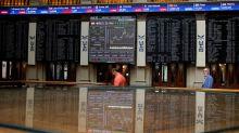 European stocks rise, clocking best quarter in four years
