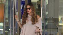 Sofía Vergara cautiva con este look; ¡iba en ruana y jeans rasgados!