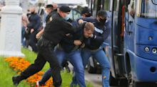 Authorities in Belarus to charge anti-government protesters with rioting for clashing with police
