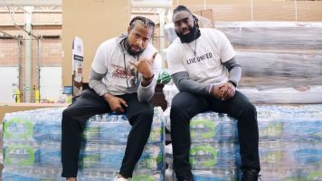 NFL players' message: Don't forget about Flint