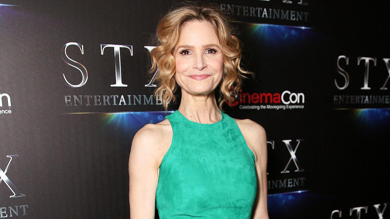 Kyra Sedgwick To Star In Abc Drama Picked Up Straight To Series