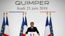 """Migrants : Emmanuel Macron dénonce """"la lèpre"""" des nationalismes """"qui monte"""""""