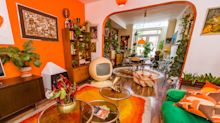 Woman turns her home into 1970s shrine by only buying second-hand furnishings