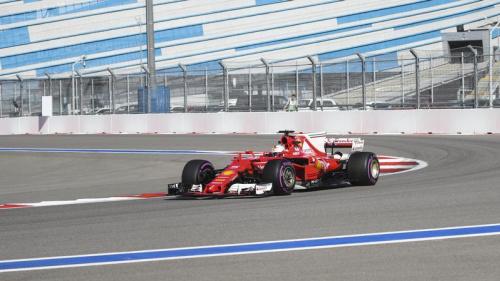 Ferrari surclasse Mercedes, première pour Ocon