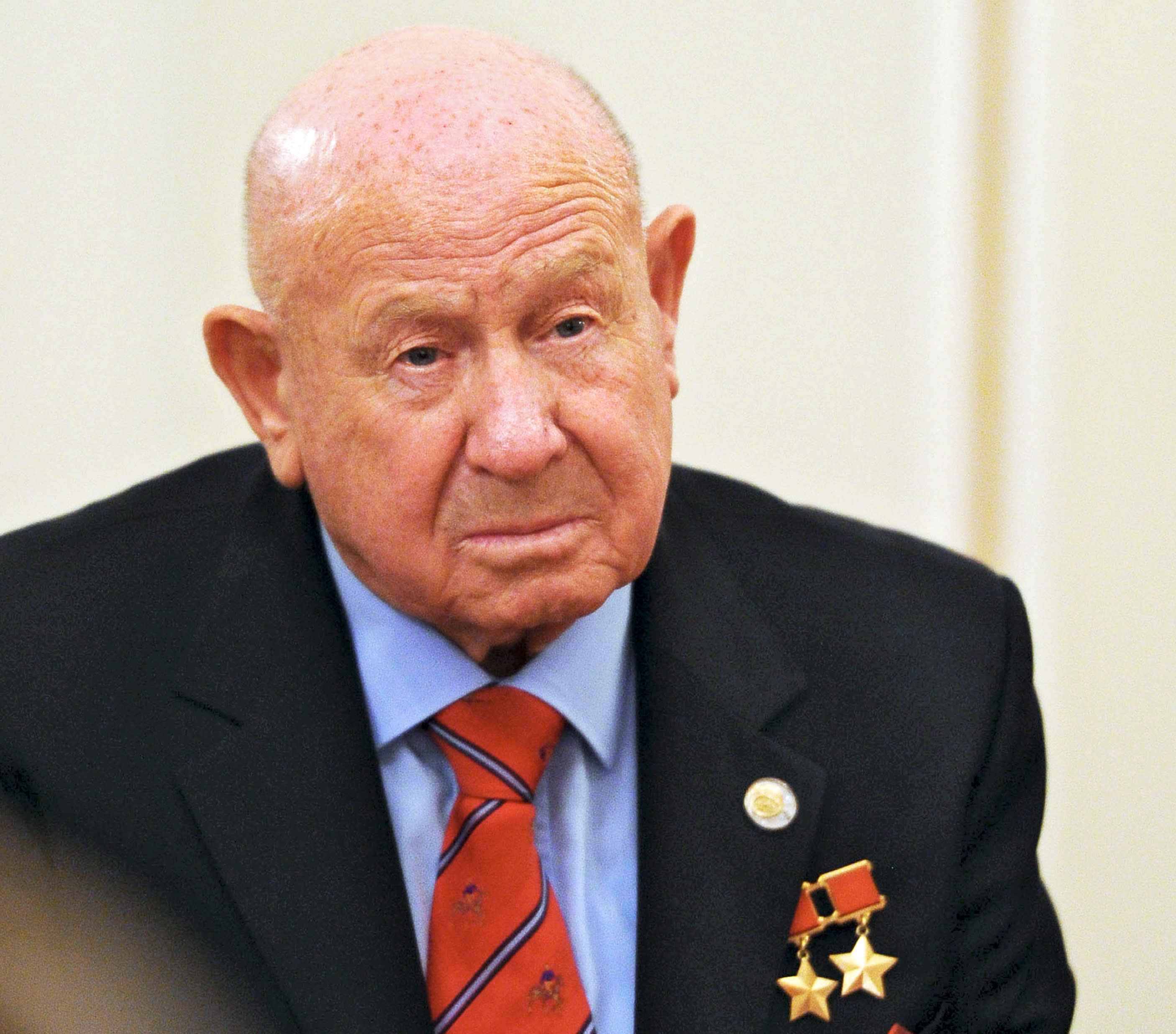 Legendary space explorer Aleksei Leonov died at the age of 85