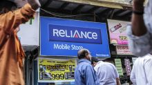 Reliance Communications Bonds Fall to Record on Missed Payment