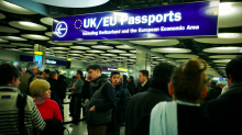 Government plans for UK-only passport lines 'will create longer queues' after Brexit