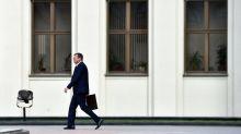 Russos são acusados de terrorismo em Belarus pouco antes das eleições