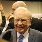 What Percentage of American Express Does Warren Buffett Own?