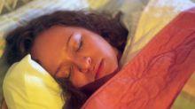 Este simples truque de 5 minutos pode resolver os seus problemas para dormir