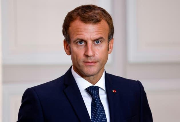 Présidentielle: Macron donné vainqueur au second tour quel que soit le scénario, selon un sondage