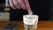 Dürfen Vorgesetzte das Trinkgeld behalten?