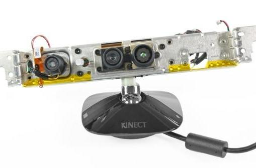 Microsoft Kinect ripped to pieces, found to contain chips on tiny green boards