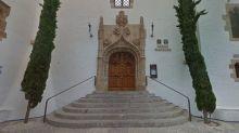 Encuentran en Sitges una portada gótica salmantina a la que perdieron la pista hace un siglo