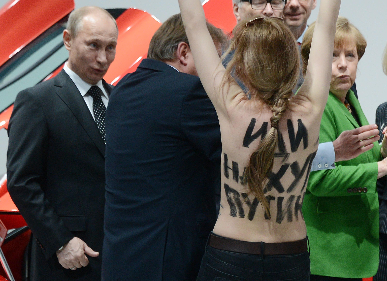 Angela Merkel Topless putin gets flashed in germany