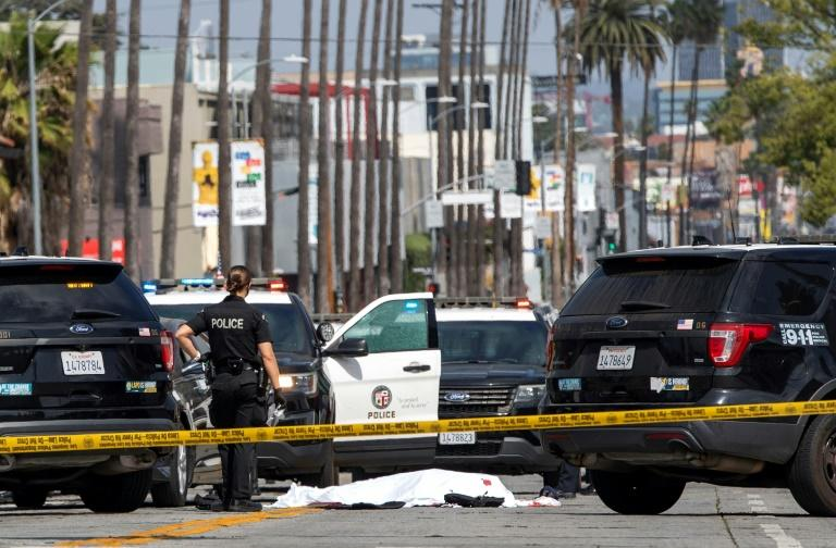 LA police shoot dead man wearing body armor in Hollywood – Yahoo News