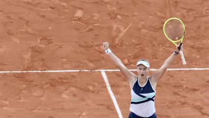 Krejcikova, Pavlyuchenkova to face off at Roland Garros in first Grand Slam final for both