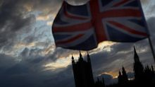 Coronavirus : le Royaume-Uni ne prévoit pas un retour à la normale avant six mois