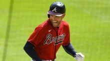 Braves' Freeman celebrates his new baby 'twins with a twist'