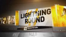 Cramer's lightning round: I think GE's shares are bottoming