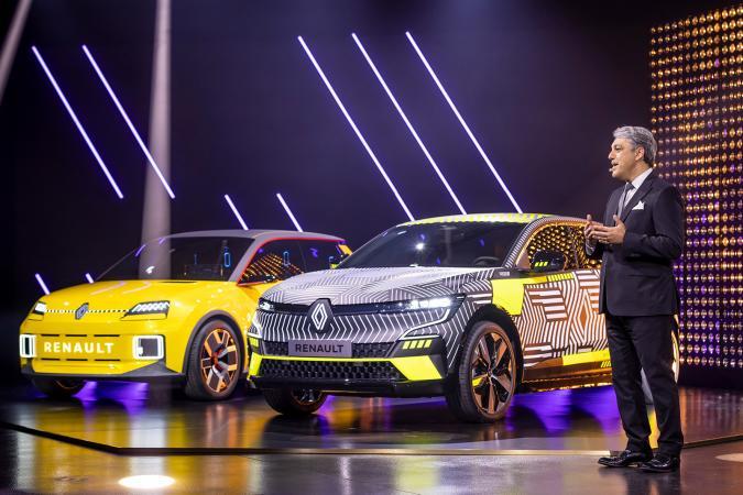 Renault 5 and Megane at the eWays Electro Pop presentation