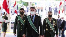 Defesa propôs dar poder a Bolsonaro para impor medidas contra covid a governadores