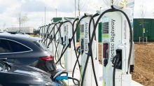Electric cars 'will be cheaper than fossil fuel vehicles by 2027'