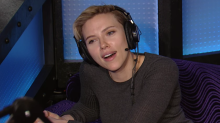 Scarlett Johansson reveals who she thinks is the world's hottest guy