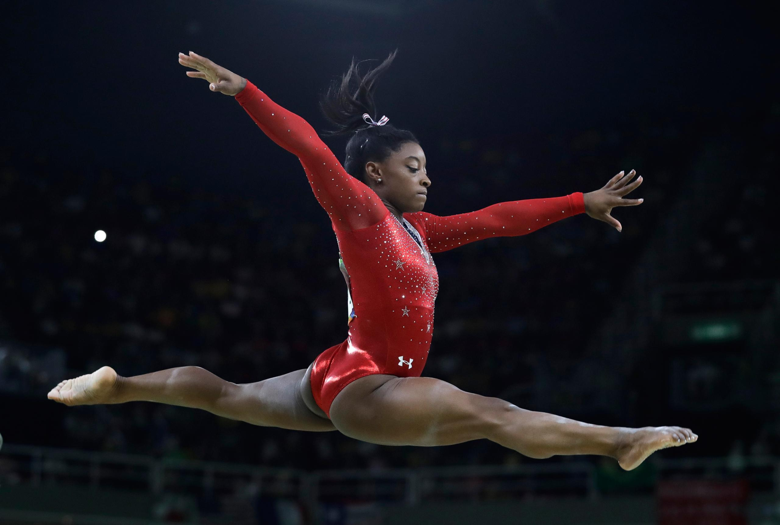 olympic gymnasts tasha schwikert - HD2560×1724