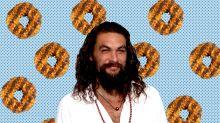 Enterprising Girl Scout uses shirtless Jason Momoa to sell Samoa cookies