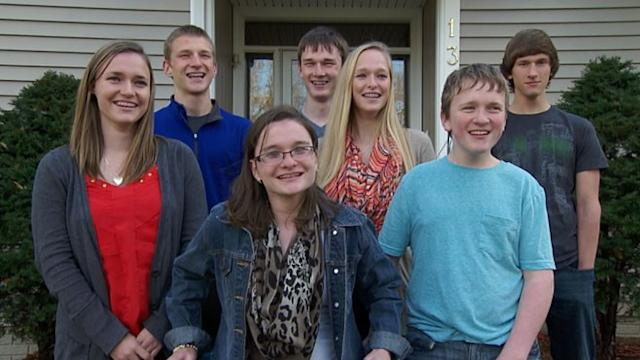 Iowa Septuplets Turn Sweet 16
