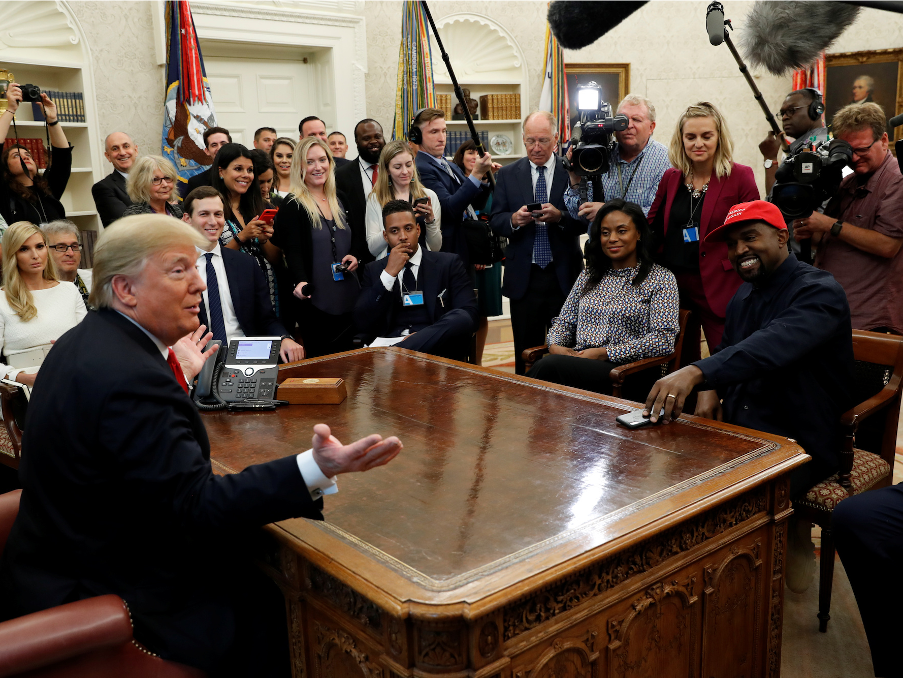 Kanye West wants Apple to build an 'iPlane' for President Trump to replace Air Force One (AAPL)