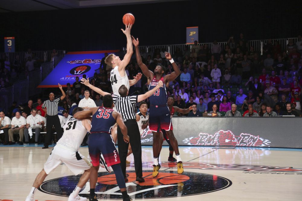 Arizona fell flat last month in a tournament in the Bahamas. (AP)