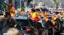 La respuesta de un portavoz de Vox a un trabajador de TVE que fue increpado en la manifestación contra Sánchez
