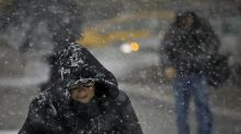 Critican a autoridades en EEUU por no advertir sobre nevada