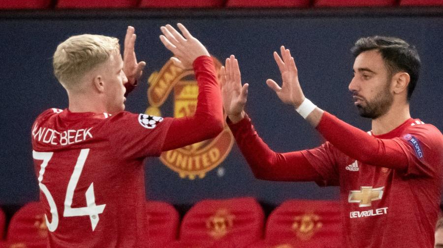 Manchester United: Bruno Fernandes and Donny van de Beek give Ole Gunnar Solskjaer the right problems