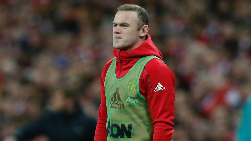 Neville: Rooney-Verbleib ist zweifelhaft