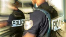 Champigny-sur-Marne: des policiers manifestent devant la préfecture de police de Paris