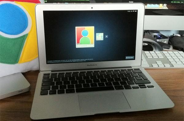 Chromium OS running on a MacBook Air: somewhere, a mad scientist cackles in the night