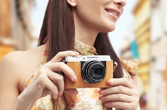 Olympus' new compact camera uses retro looks to lure you in
