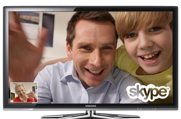 Comcast invites Skype into its cable boxes, mobile apps