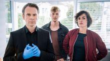 """Bizarr, böse, komisch: Warum Sie Staffel zwei der Krimiserie """"Professor T."""" nicht verpassen sollten"""