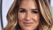 Jessie James Decker is having sports bra drama, and it's so relatable