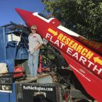 'Self-taught rocket scientist' to launch himself into the sky to prove the earth is flat