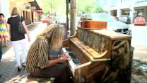 Piano man inspires help for the homeless